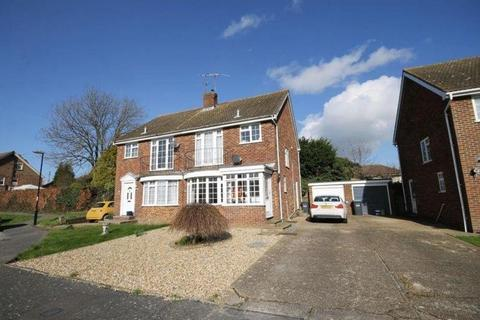 3 bedroom semi-detached house to rent - Grove Road, Burgess Hill