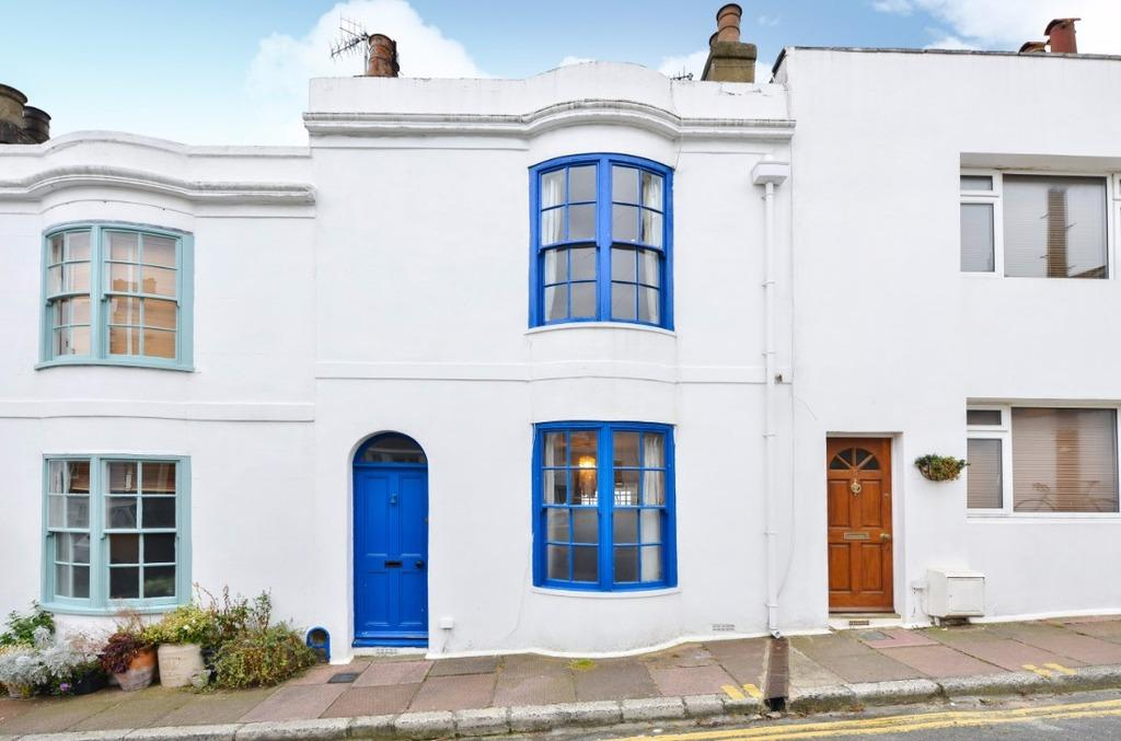 2 Bedrooms Terraced House for sale in Terminus Place Brighton East Sussex BN1