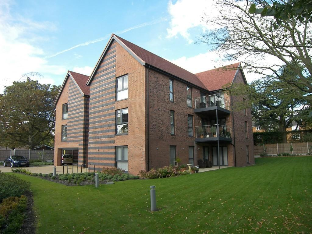 3 Bedrooms Apartment Flat for sale in Scarlet Oak, Solihull