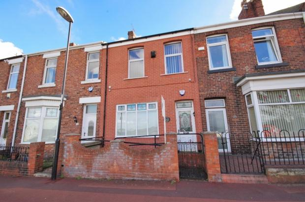3 Bedrooms Terraced House for sale in Gordon Terrace, Southwick, SR5