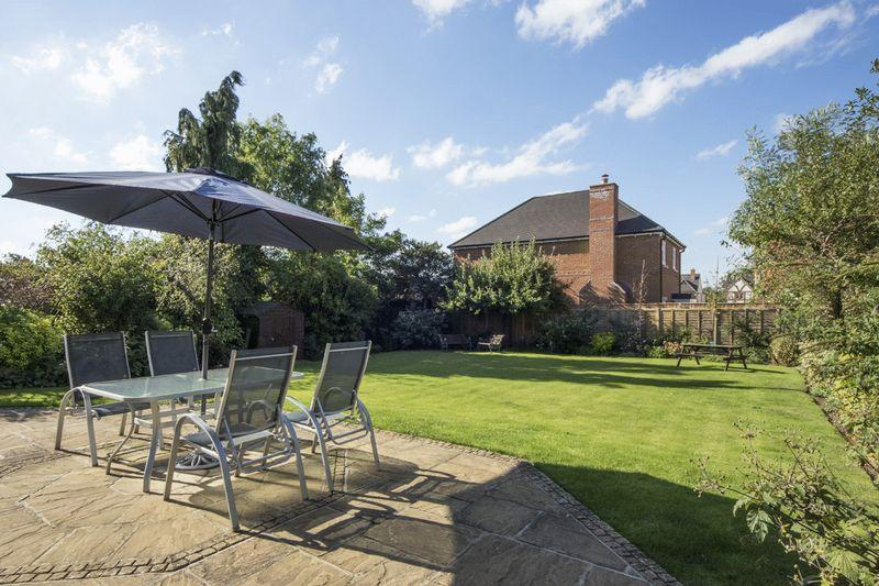5 Bedrooms Detached House for sale in Welford on Avon, Warwickshire