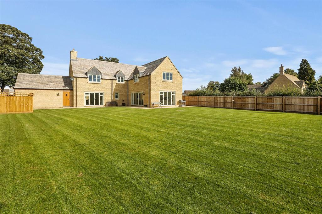 5 Bedrooms House for sale in Kemble