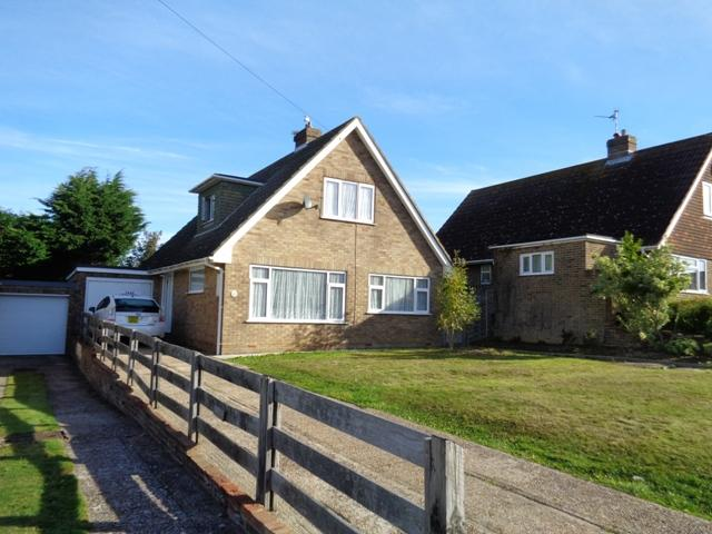 4 Bedrooms Chalet House for sale in Martyns Way, Bexhill oin sea TN40