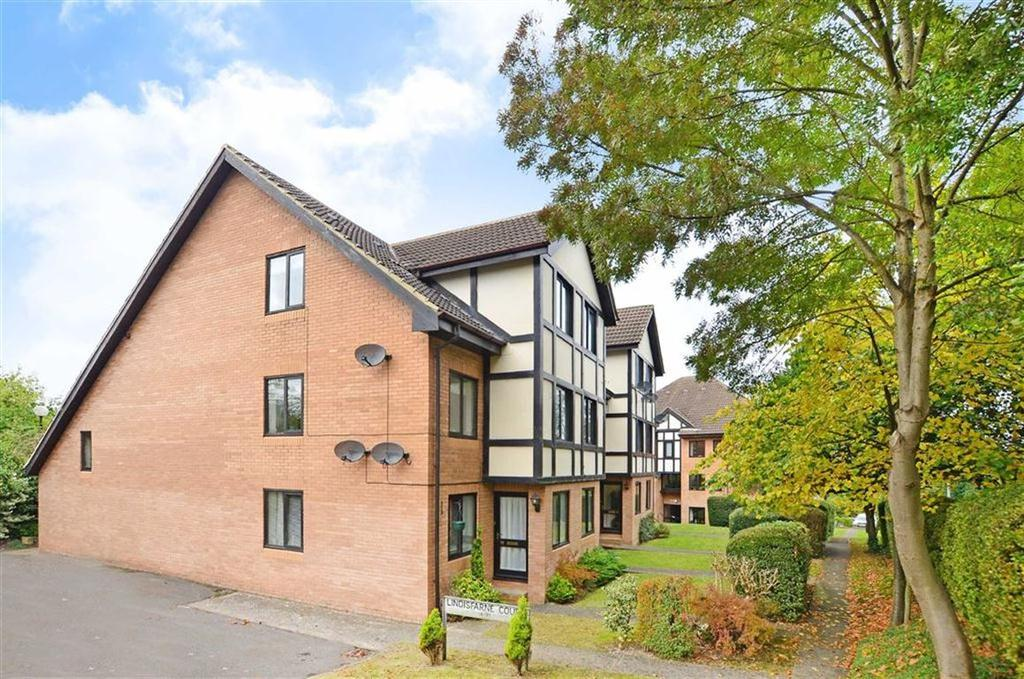 2 Bedrooms Flat for sale in 23, Lindisfarne Court, Walton, Chesterfield, Derbyshire, S40