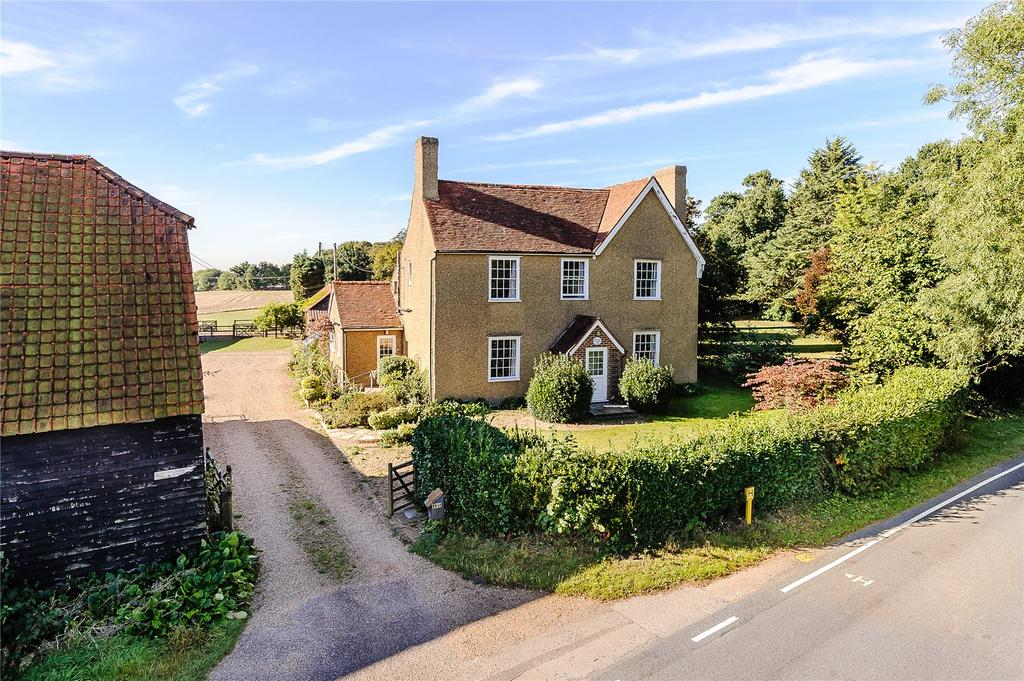 4 Bedrooms Detached House for sale in Church Road, Kelvedon Hatch, Brentwood, Essex