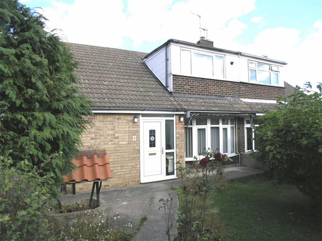 3 Bedrooms Semi Detached House for sale in Sycamore Close, Gilberdyke