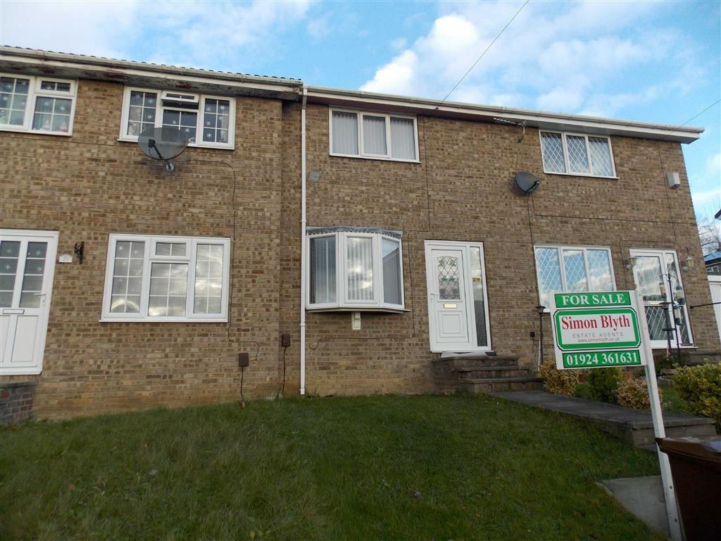 2 Bedrooms Terraced House for sale in Hillside Close, Lupsett, Wakefield, WF2