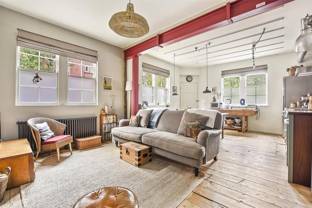3 Bedrooms House for sale in Globe Road, London, E2