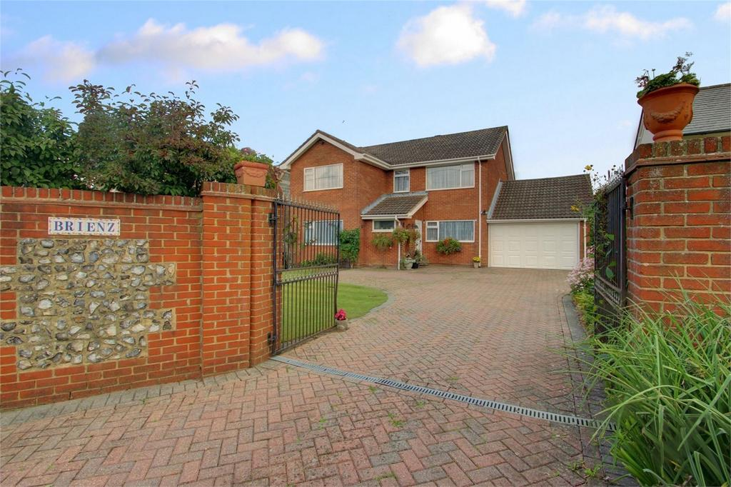 5 Bedrooms Detached House for sale in Gosport Road, LOWER FARRINGDON, Hampshire