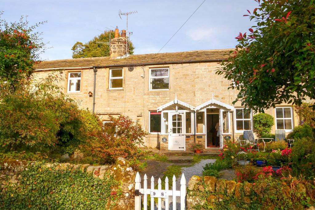 2 Bedrooms Cottage House for sale in Scar Cottage, 9 Brook Street, Hebden, Grassington