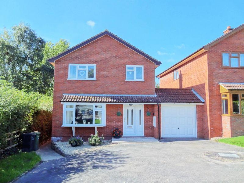4 Bedrooms Link Detached House for sale in Mill Close, Nether Stowey