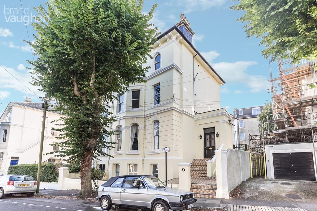 3 Bedrooms Maisonette Flat for sale in Alexandra Villas, Brighton, BN1