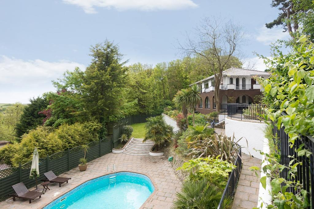 5 Bedrooms Detached House for sale in Ovingdean Road, BRIGHTON, BN2
