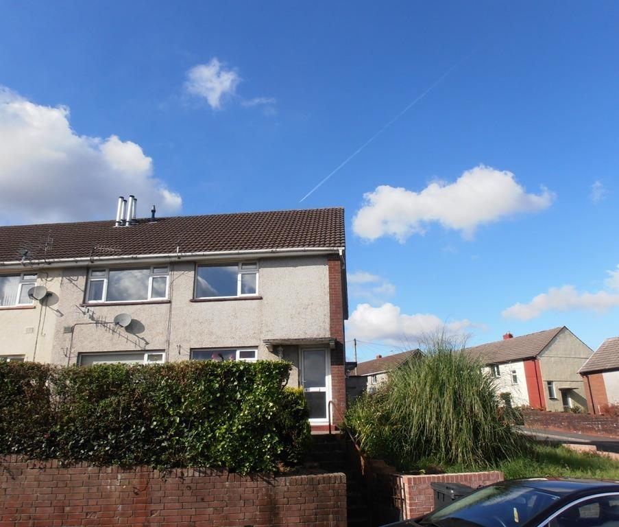 2 Bedrooms Apartment Flat for sale in Heol y Twyn, Cwmdare, Aberdare