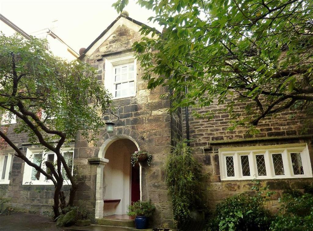 5 Bedrooms Semi Detached House for sale in Adelaide Terrace, Blackburn
