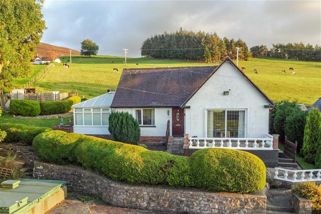 2 Bedrooms Detached Bungalow for sale in Tunnel Bungalow, Llanbedr Dyffryn Clwyd, Ruthin
