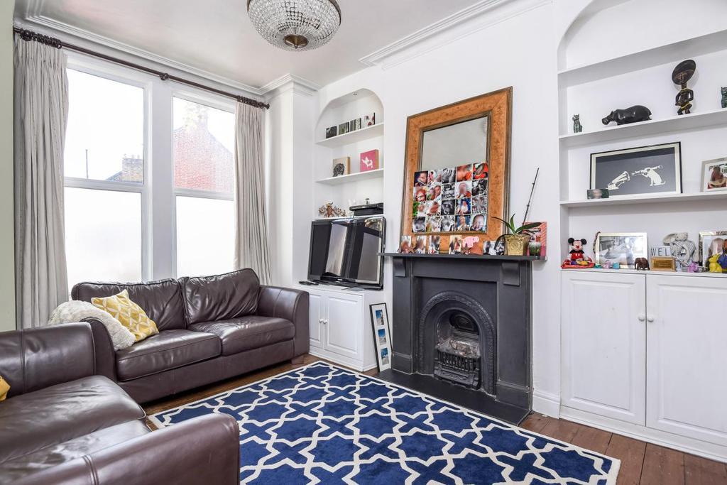 3 Bedrooms Terraced House for sale in Lidyard Road, Archway, N19