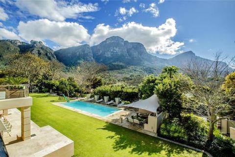 6 bedroom house  - 41 Bishopscourt Drive, Bishopscourt, Cape Town, Western Cape