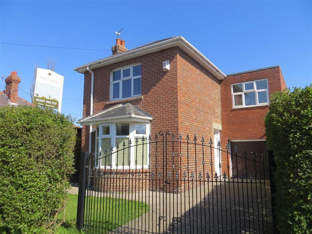 4 Bedrooms Detached House for sale in Smailes Lane, Rowlands Gill, Tyne Wear