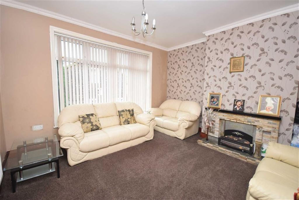 3 Bedrooms Terraced House for sale in Railway Street, Nelson, Lancashire