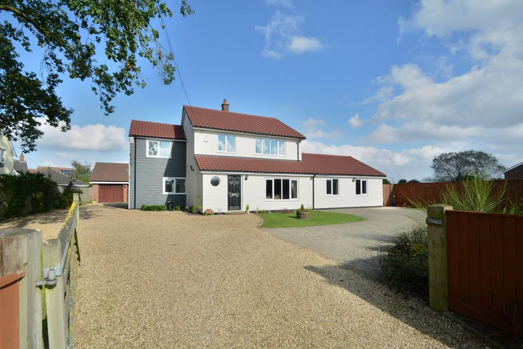 5 Bedrooms Detached House for sale in Bunwell Street, Bunwell