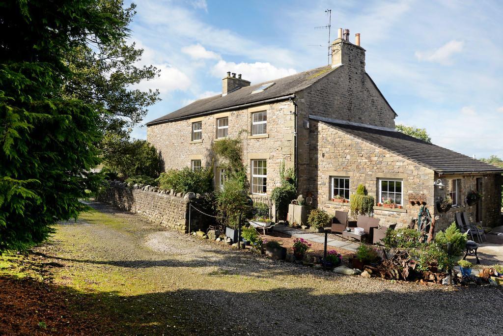 4 Bedrooms Farm House Character Property for sale in Collingholme Farm House, Cowan Bridge