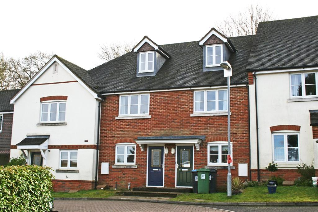 3 Bedrooms Terraced House for sale in Bartholomew Green, Markyate, St. Albans, Hertfordshire