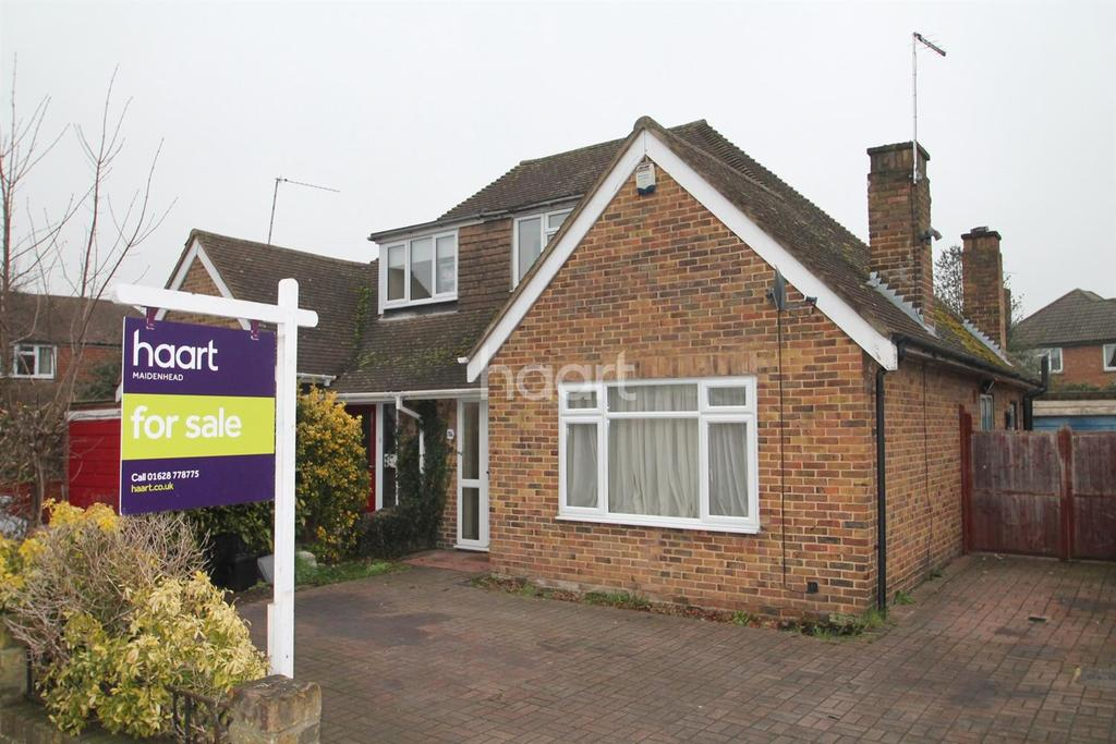 3 Bedrooms Bungalow for sale in Cookham Road
