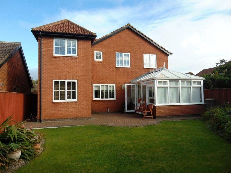6 Bedrooms Detached House for sale in West Wynd, Killingworth, Newcastle Upon Tyne