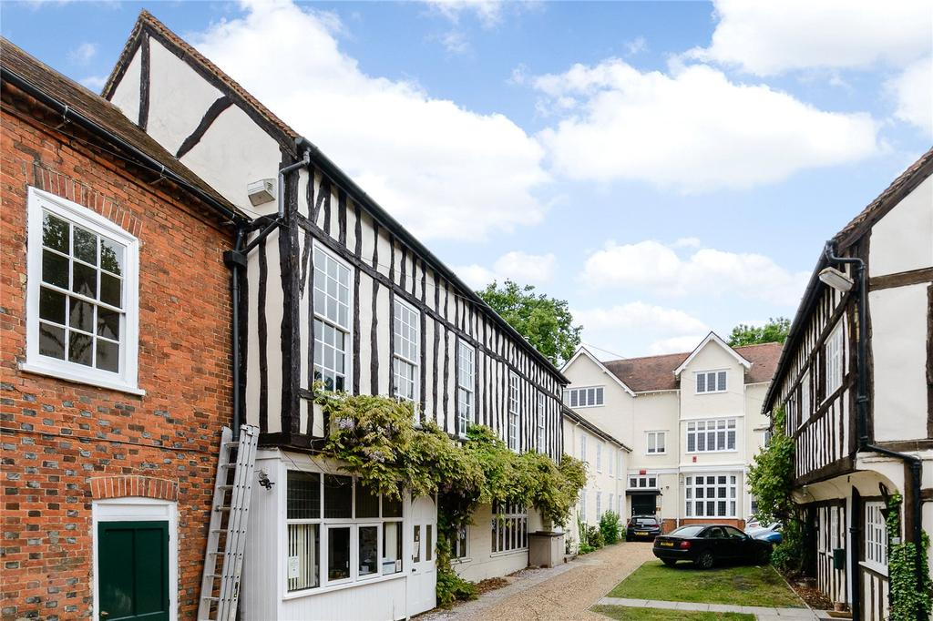 House for sale in Bancroft, Hitchin, Hertfordshire