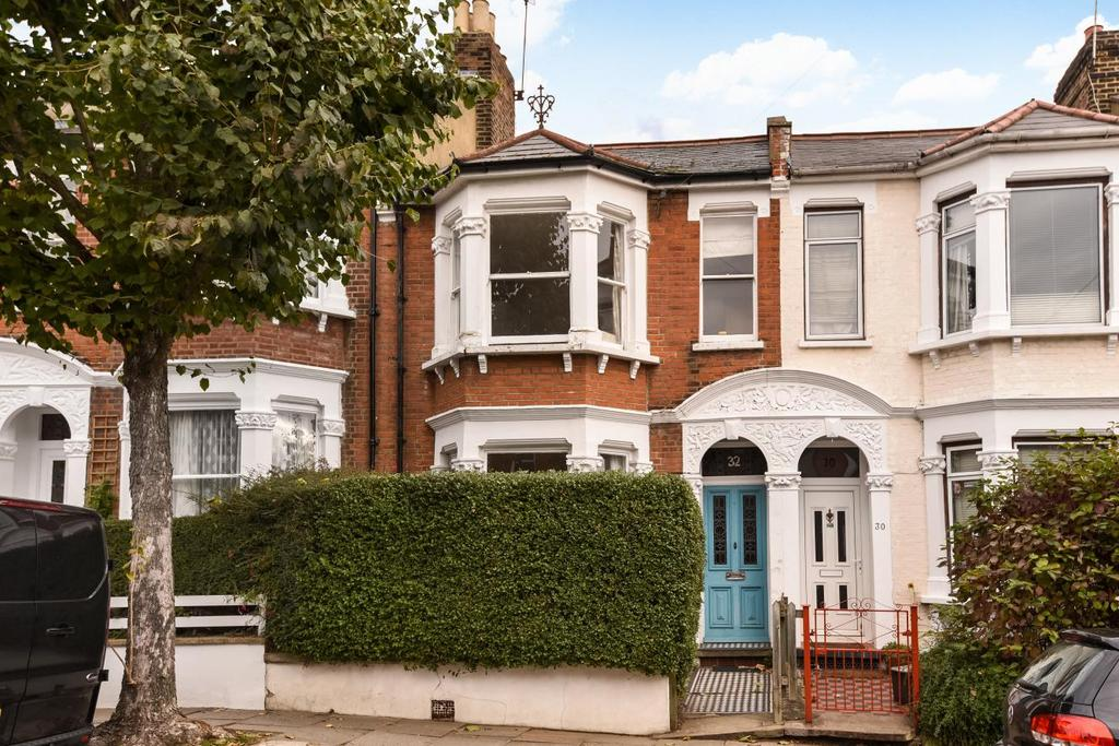 3 Bedrooms Terraced House for sale in Cressida Road, Archway, N19