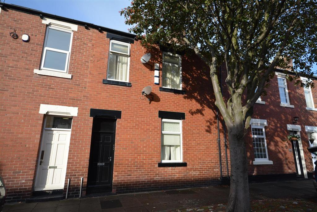 6 Bedrooms Terraced House for sale in Cooper Street, Sunderland