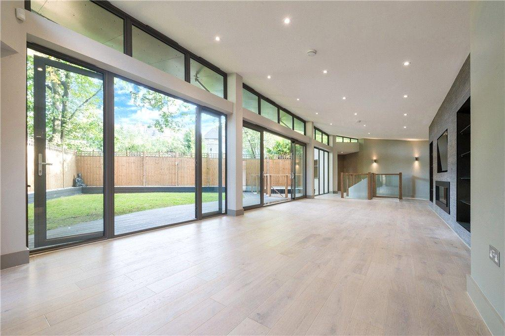 5 Bedrooms Detached House for sale in Cairncross Mews, Felix Avenue, Crouch End, London, N8