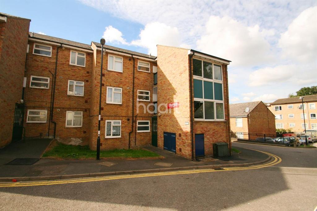 1 Bedroom Flat for sale in Claret Gardens, South Norwood, SE25