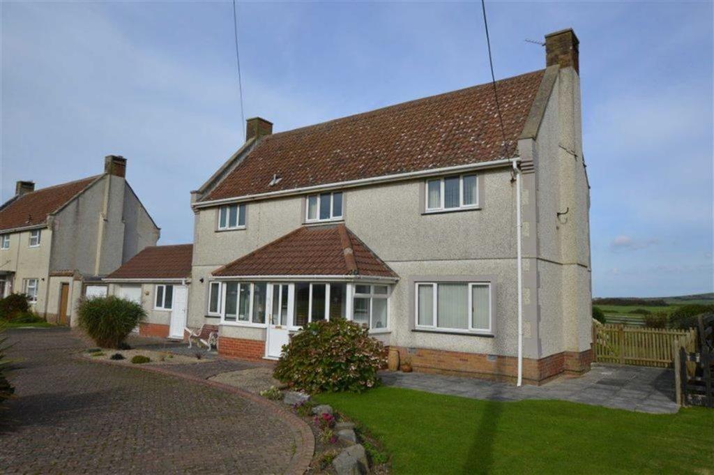 3 Bedrooms Detached House for sale in 14, Morfa Crescent, Tywyn, Gwynedd, LL36