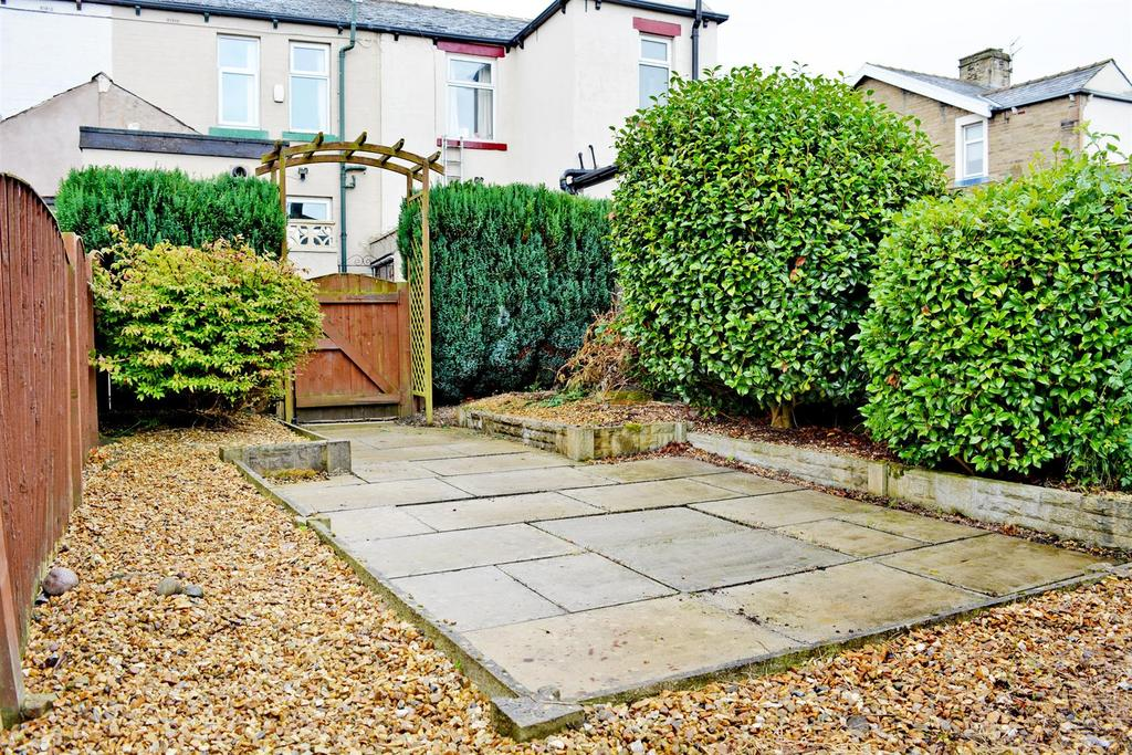 2 Bedrooms Terraced House for sale in Owen Street, Burnley