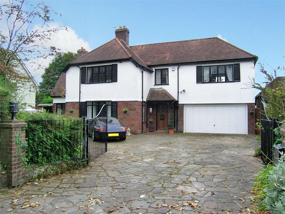 4 Bedrooms Detached House for sale in Began Road, Old St Mellons, Cardiff