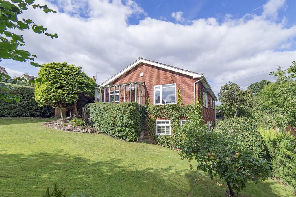 3 Bedrooms Detached House for sale in Rowledge, Farnham, Surrey