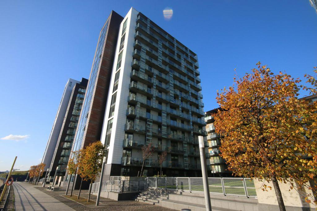 1 Bedroom Flat for sale in 12/3, 350 Meadowside Quay Walk, Glasgow Harbour, G11 6DT