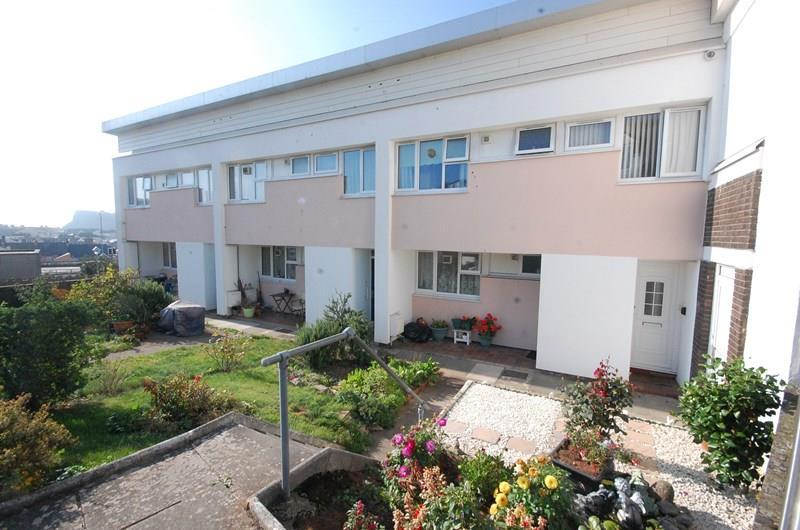 2 Bedrooms Flat for sale in Bitton Park Road, Teignmouth