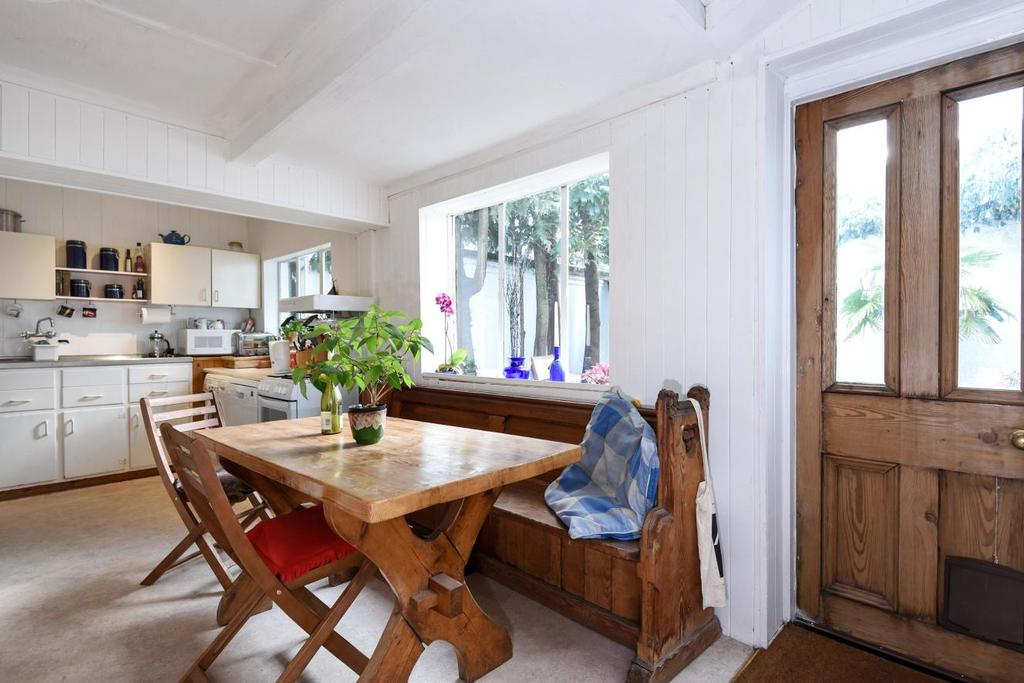 4 Bedrooms Detached House for sale in North Hill, Highgate