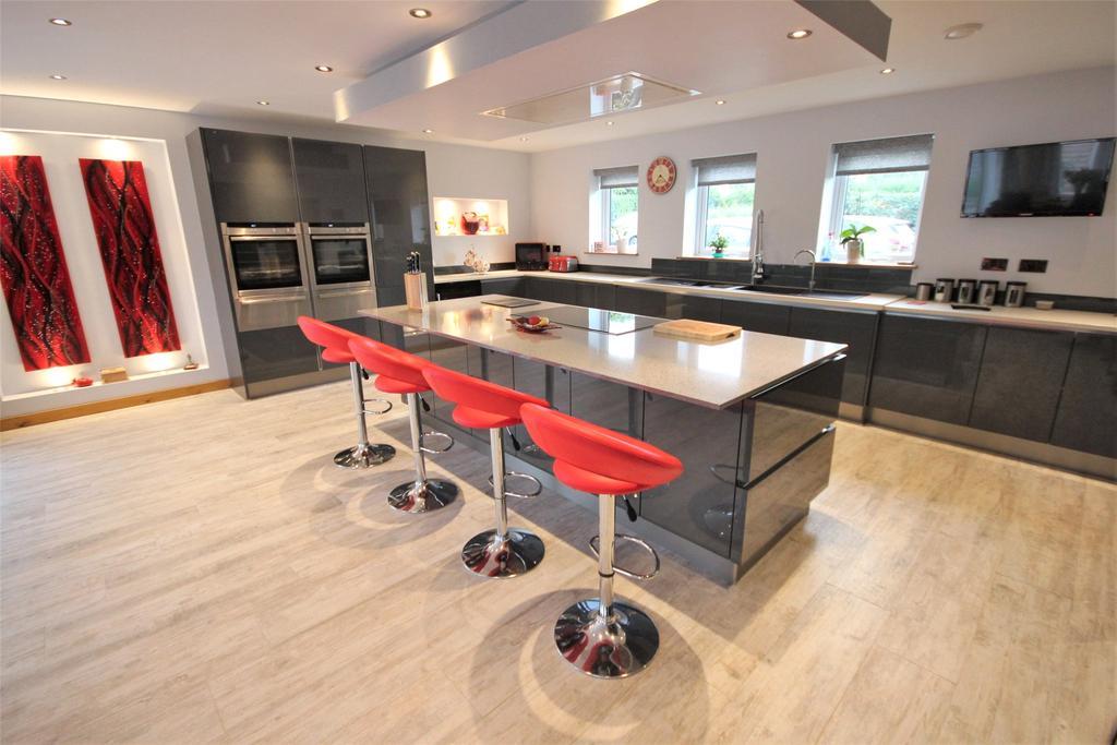 4 Bedrooms Detached Bungalow for sale in Stallingborough Road, Healing, DN41