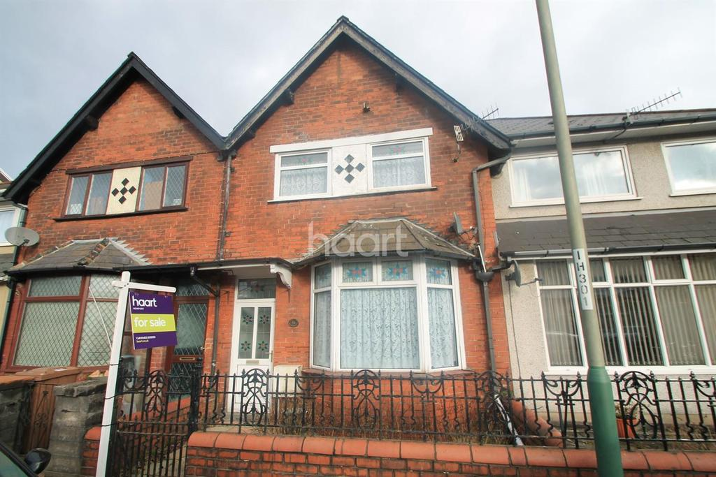 3 Bedrooms Terraced House for sale in Risca Road, Cross Keys, Risca