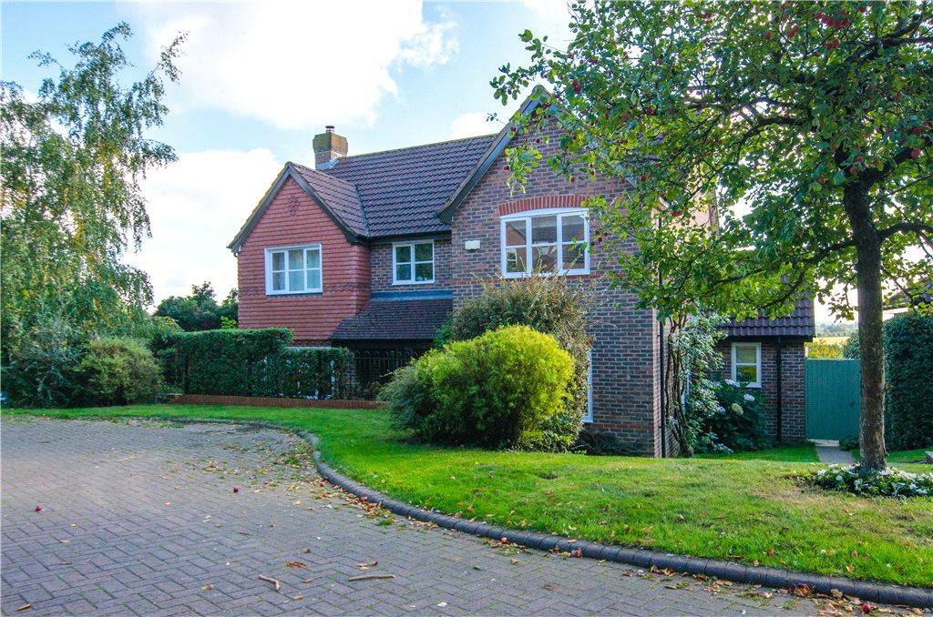 5 Bedrooms Detached House for sale in Stuart Rise, Worcester, WR5