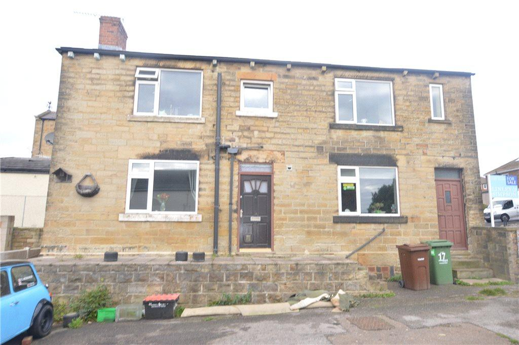 3 Bedrooms Detached House for sale in Queen Street, Ossett, West Yorkshire