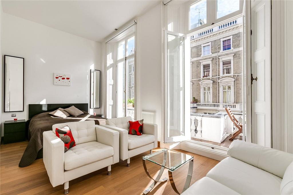 1 Bedroom Flat for sale in Clanricarde Gardens, Notting Hill, London