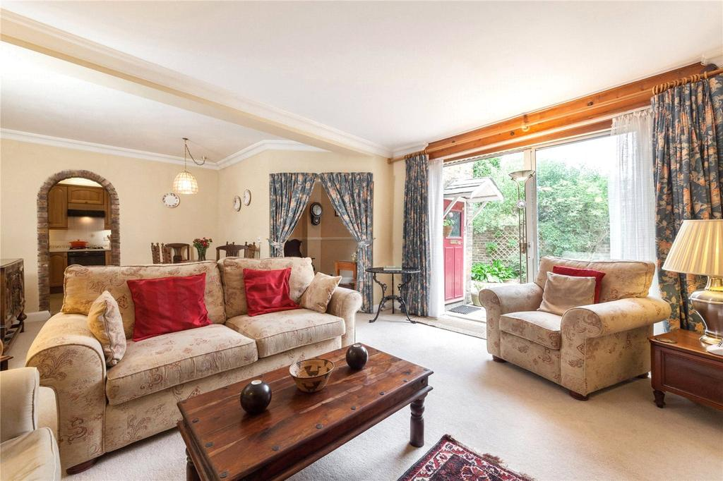 2 Bedrooms Semi Detached House for sale in Greencroft Gardens, South Hampstead, London