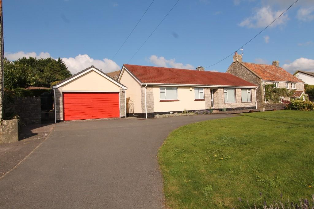 3 Bedrooms Detached Bungalow for sale in The Street, Farmborough, Bath