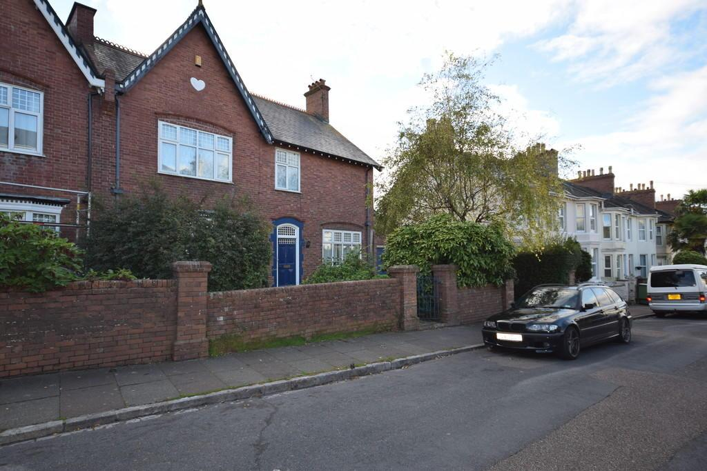 4 Bedrooms Semi Detached House for sale in Shirburn Road, Torquay