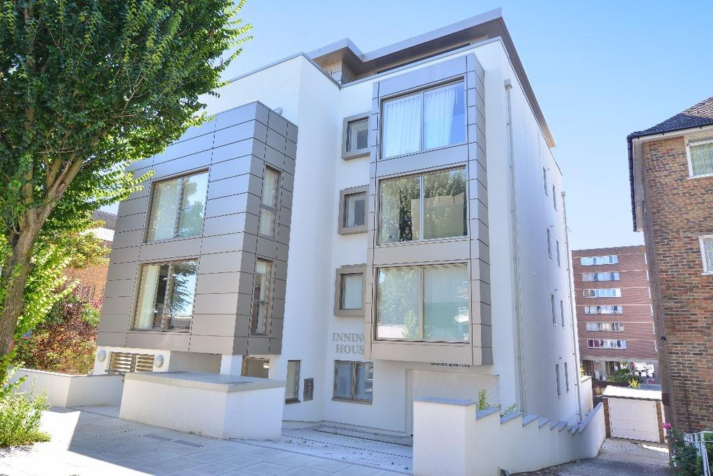 3 Bedrooms Flat for sale in The Penthouse Innings House Palmeira Avenue Hove BN3